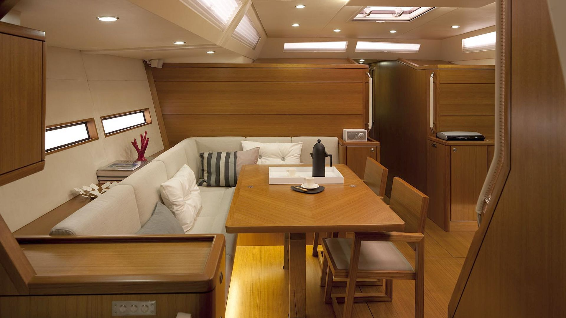 Solaris One 60 | Veritable Mini-Superyacht aus Italien